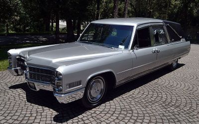 1966 Cadillac Crown Sovereign Hearse Landau Hearse
