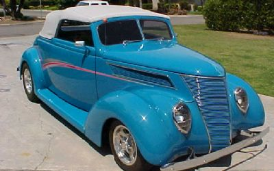 1937 Ford Club Cabriolet Convertible