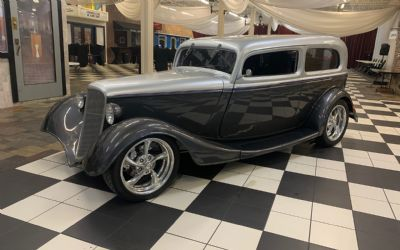 1933 Ford Tudor All Steel